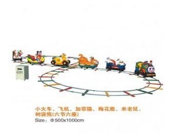 паровозик на рельсах HL7069-3